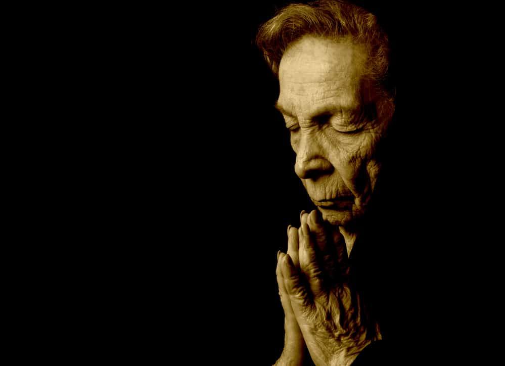 Излечение геморроя используя заговоры и молитвы